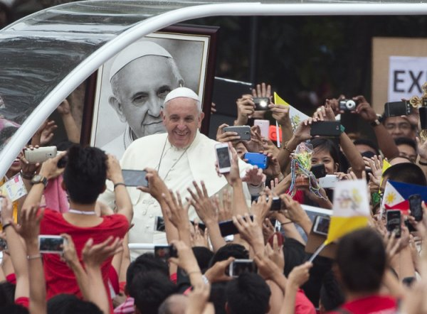 Pope's Message for the Youth and Filipino Catholics (1/5)