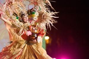 Festival Queen Dancing